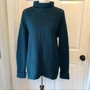 Sweaters - Dark Green Chunky Sweater
